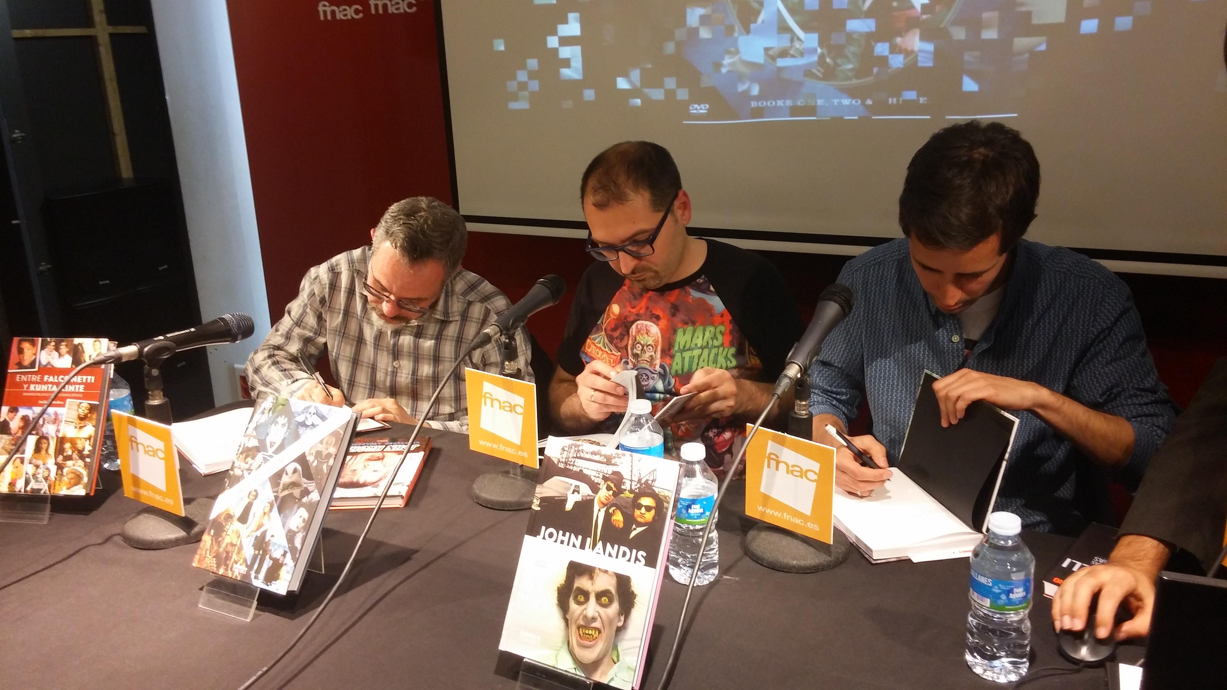 escriptors signant john landis, tim burton i grans relats