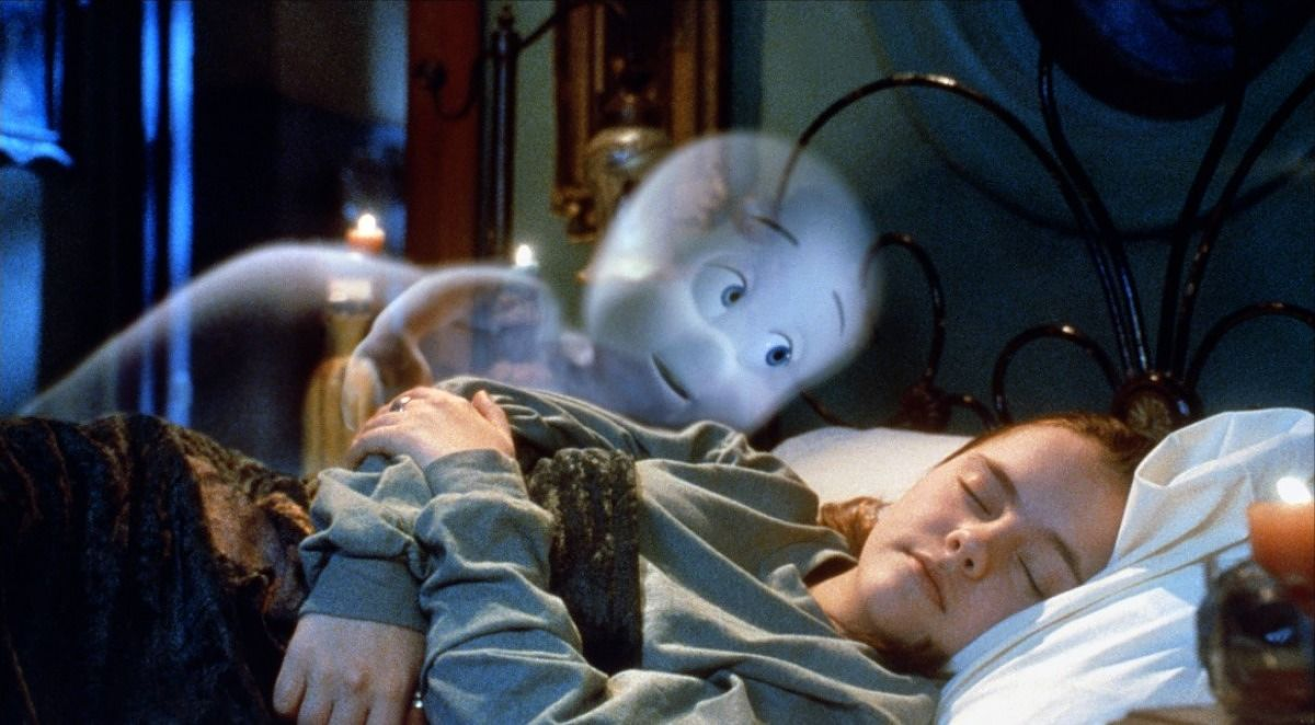 crossover-fan-theory-proposes-that-casper-is-actually-a-not-so-friendly-ghost-after-all-461368