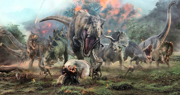 'Jurassic World 2': la vida s'obre camí